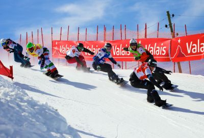 Konstantin Schad beim Snowboardrennen